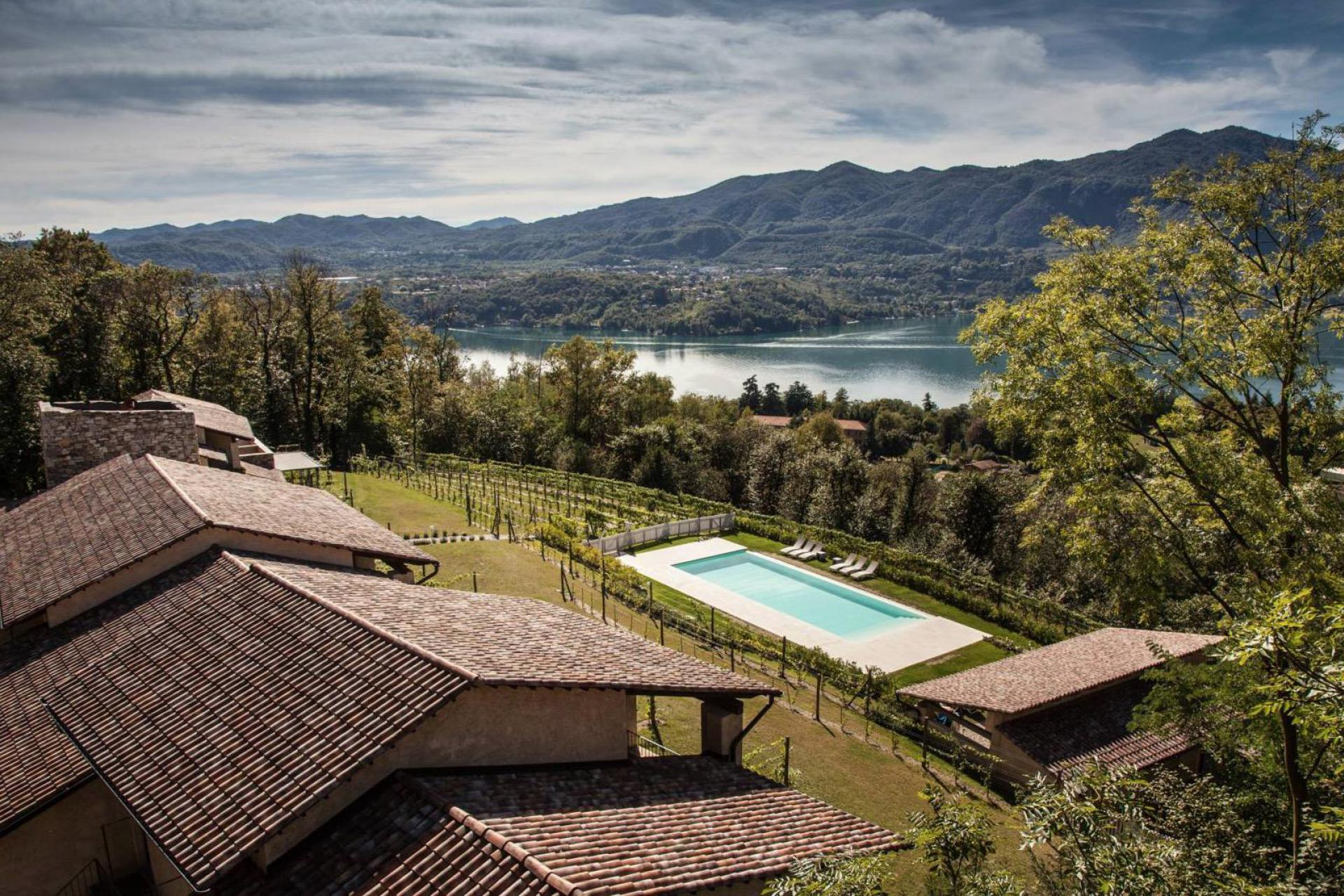 Agriturismo Lake Como and Lake Garda Agriturismo Lake Maggiore with outstanding views