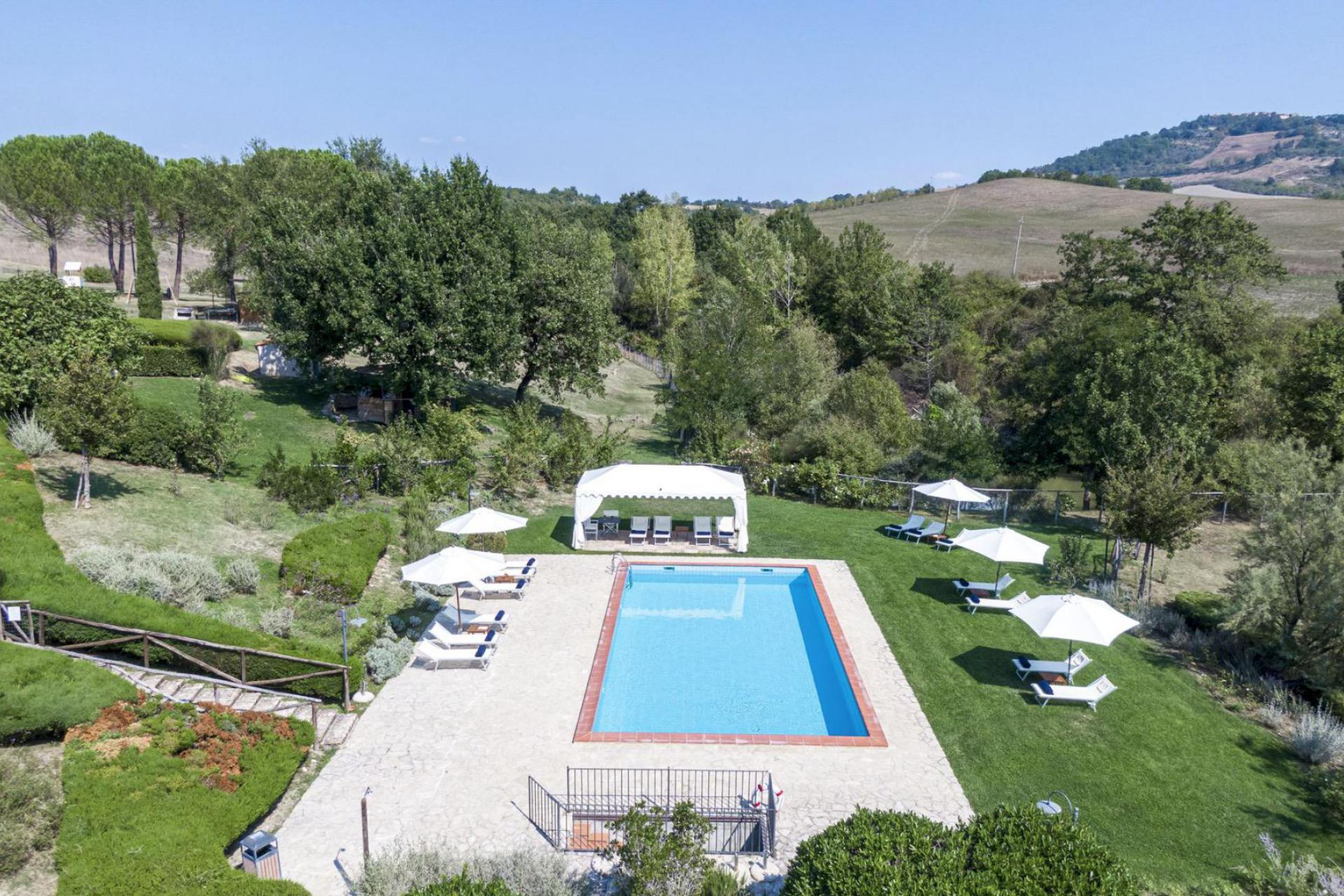 Agriturismo Tuscany Agriturismo Tuscany with tastefully decorated apartments