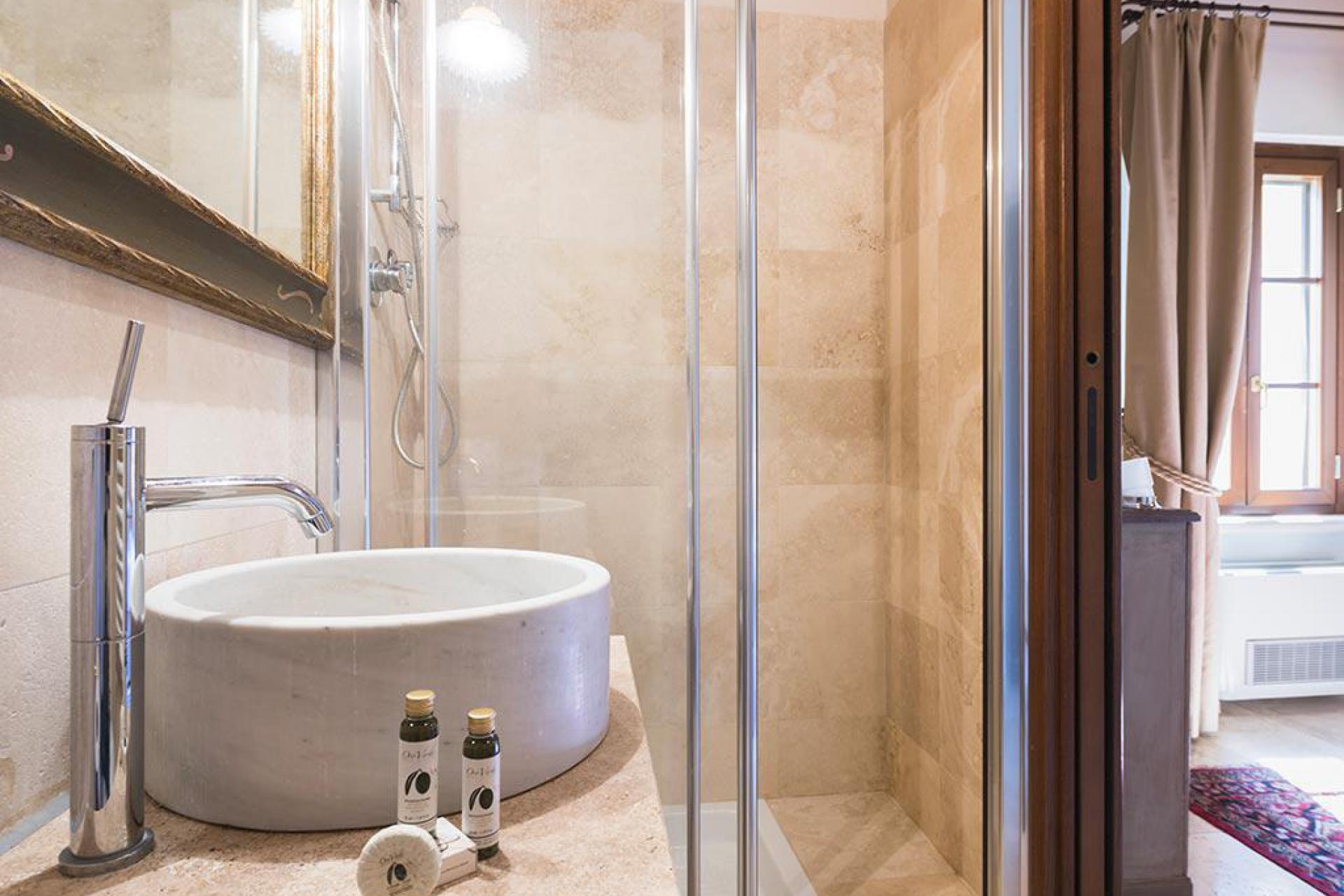 Agriturismo Tuscany Luxury agriturismo between Siena and Arezzo in Tuscany