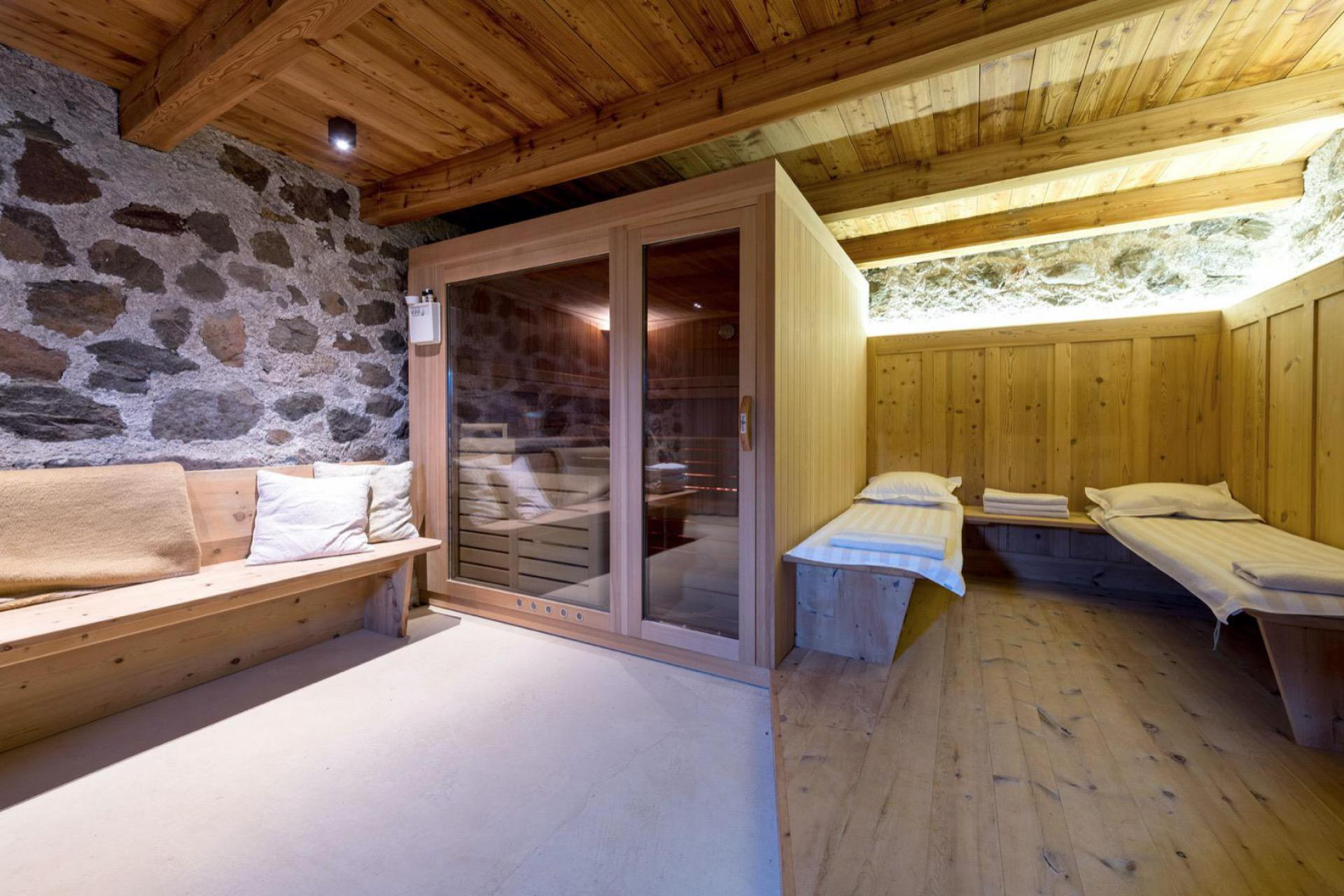 Agriturismo Dolomites Luxury agriturismo with B&B rooms and Sudtiroler hospitality