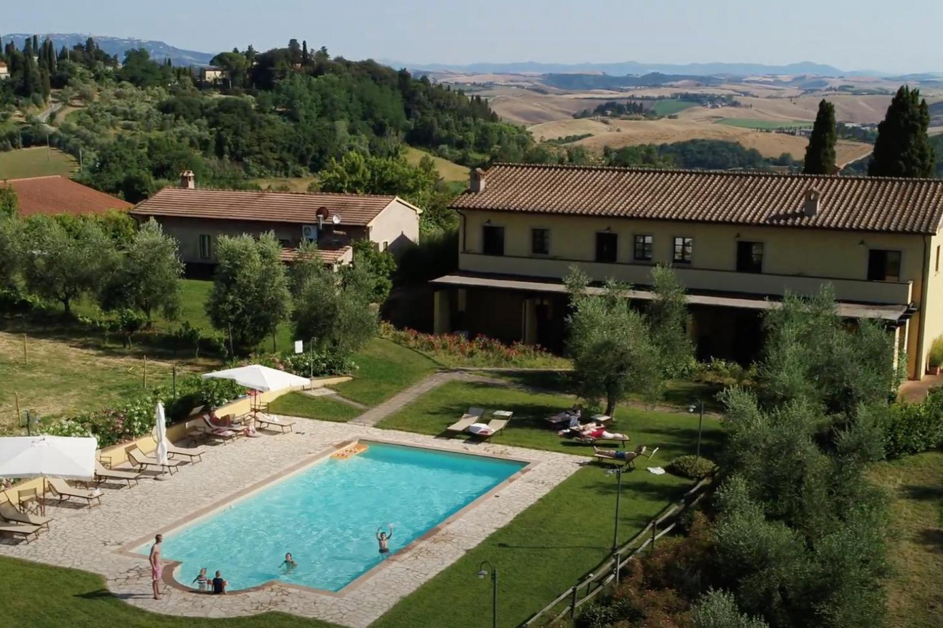 Agriturismo Tuscany Quiet agriturismo in Tuscany between vineyards