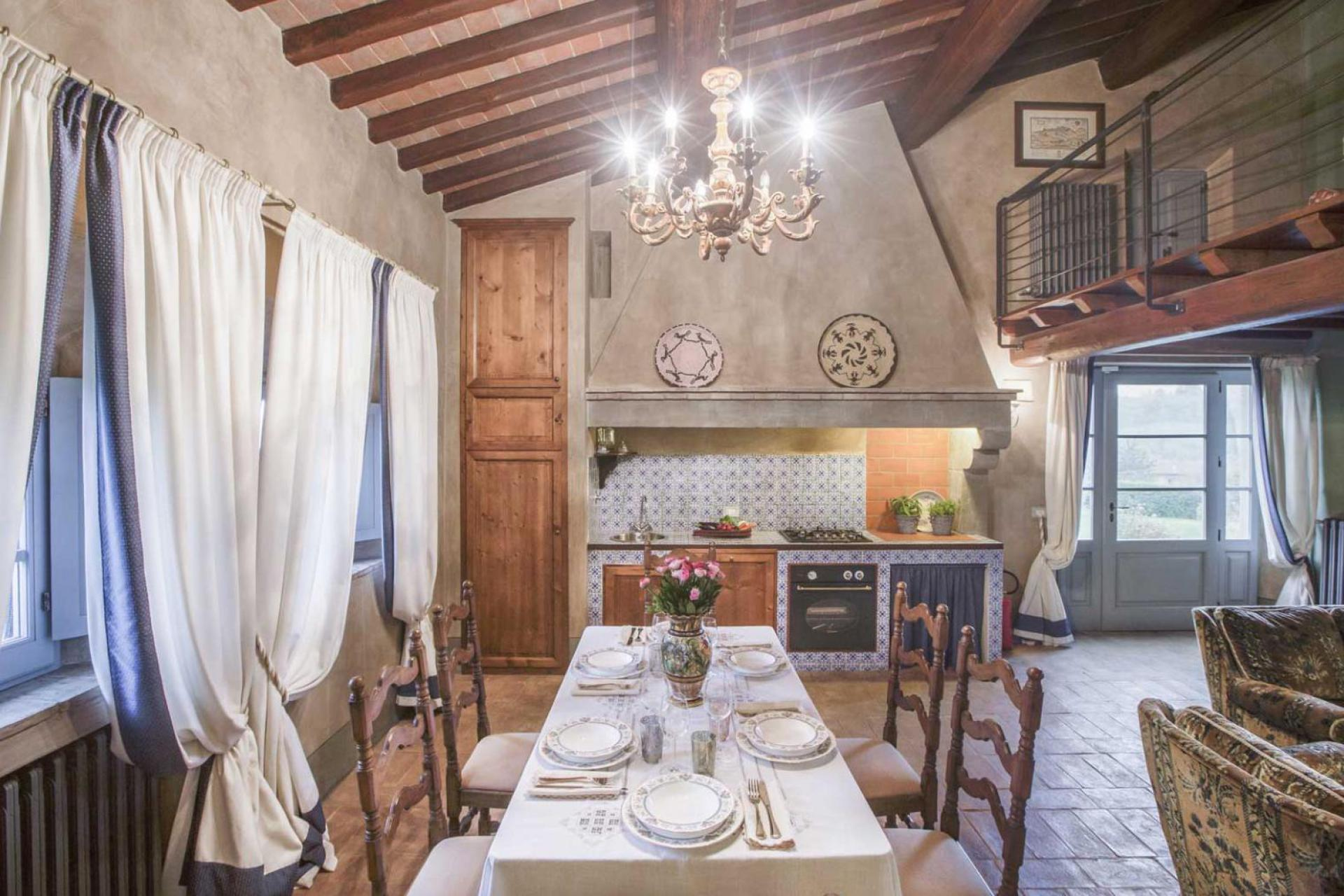 Agriturismo Tuscany Romantic agriturismo with views of San Gimignano
