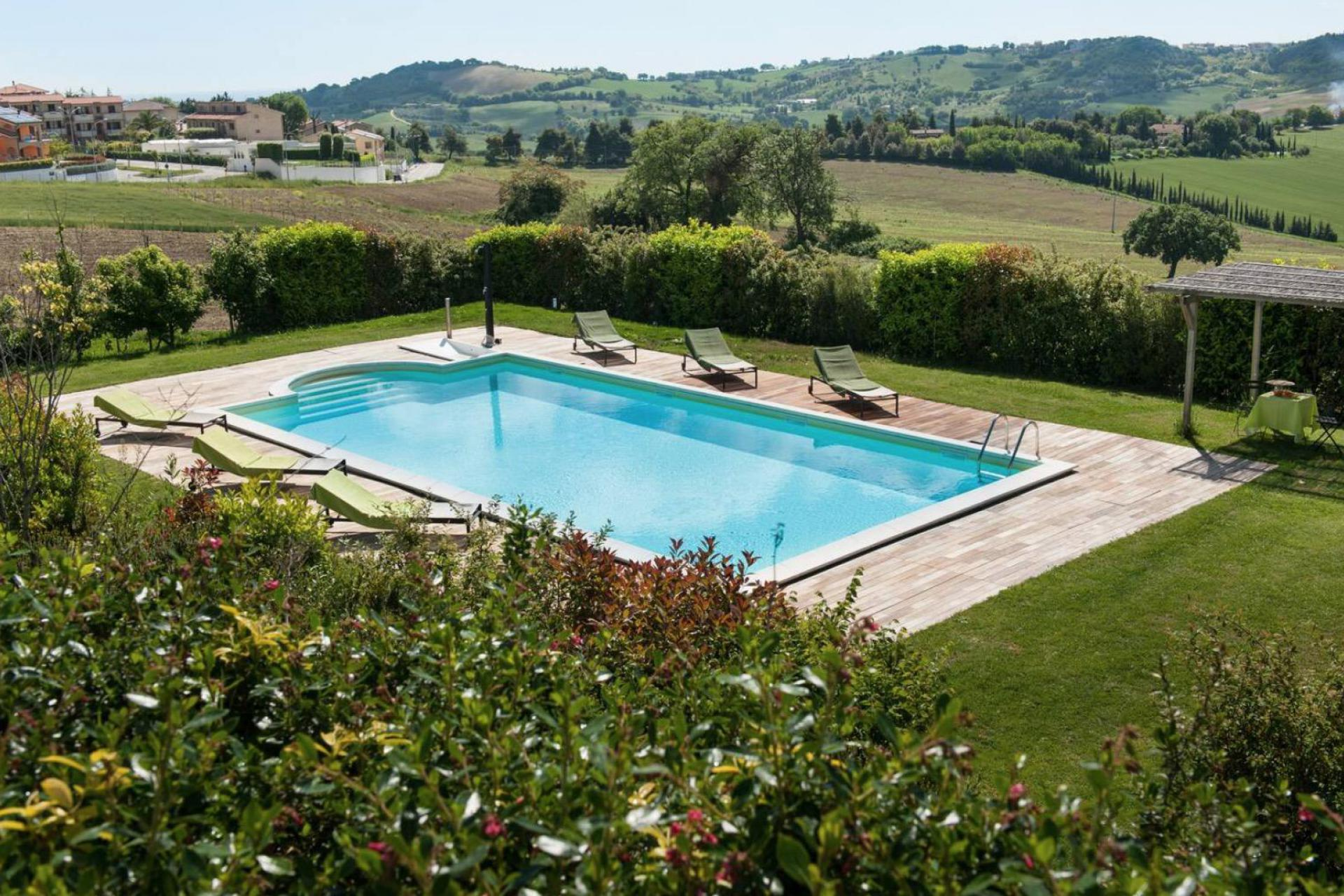 Agriturismo Marche Stylish agriturismo Marche with amazing views