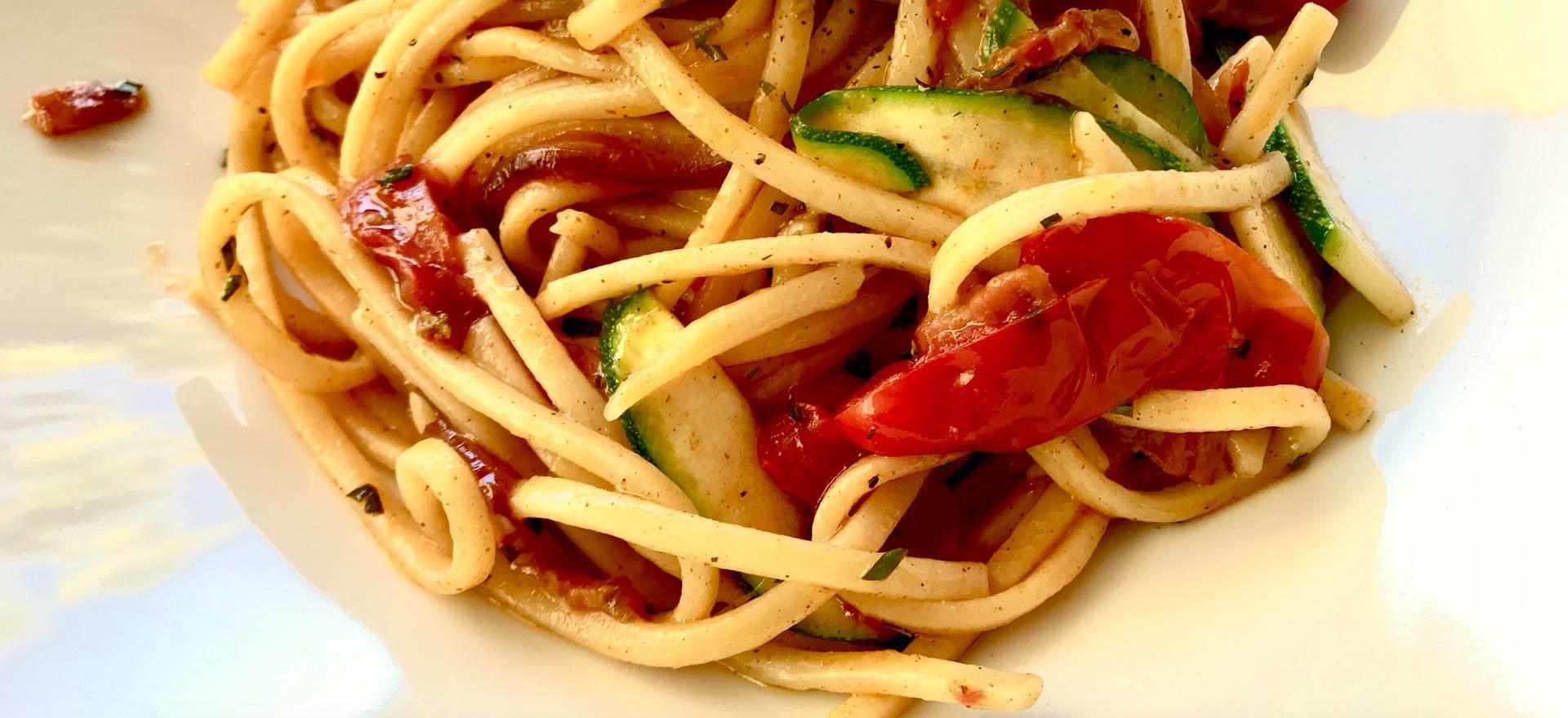 Agriturismo Lake Como and Lake Garda Child-friendly agriturismo Lake Garda with good restaurant