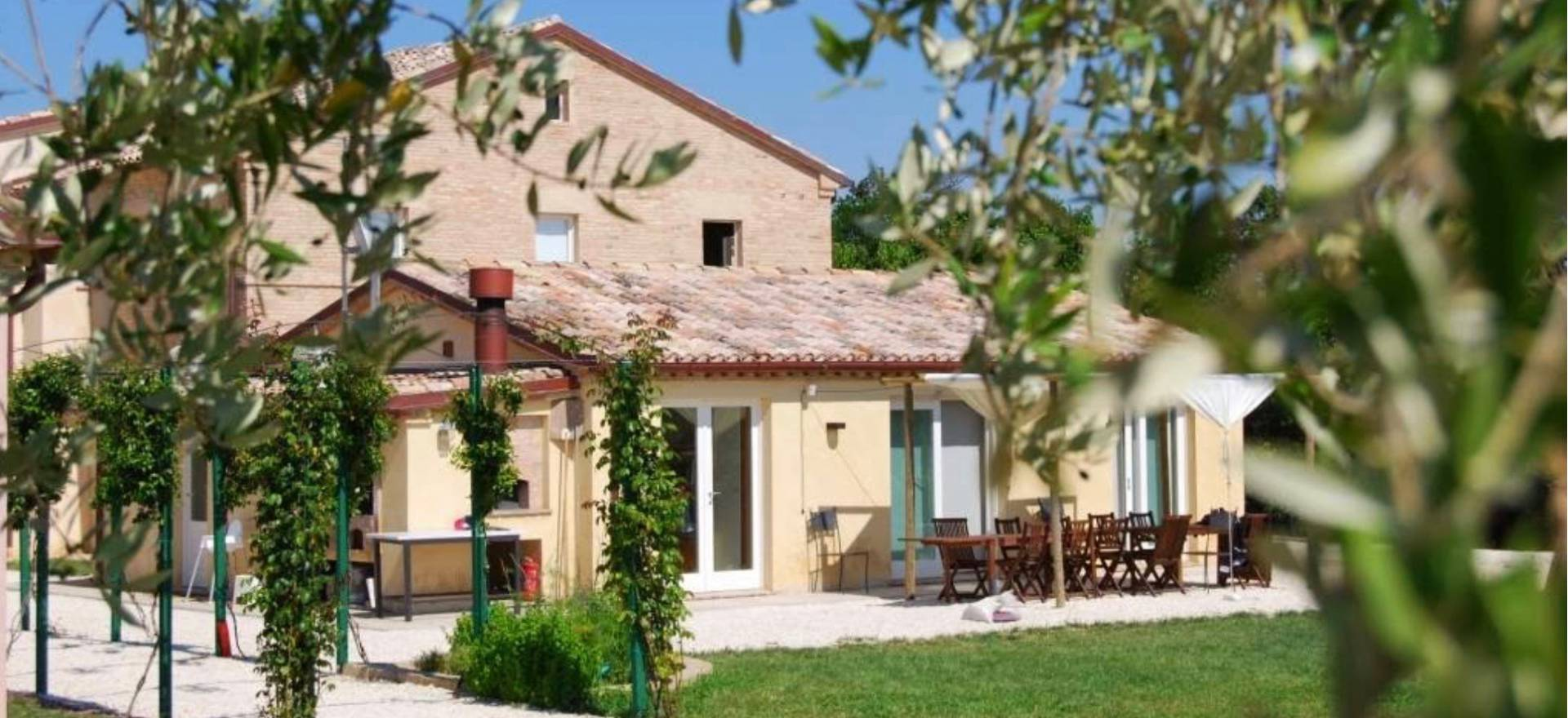 Agriturismo Marche Agriturismo Marche, beautiful rooms and welcoming