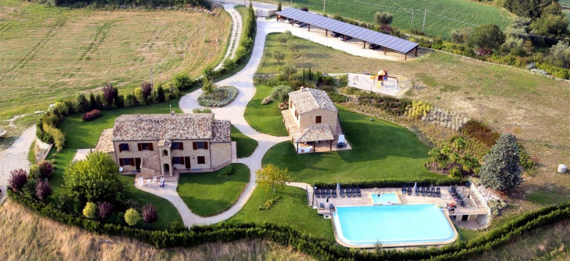 Agriturismo Marche Agriturismo Marche, rural location and child-friendly