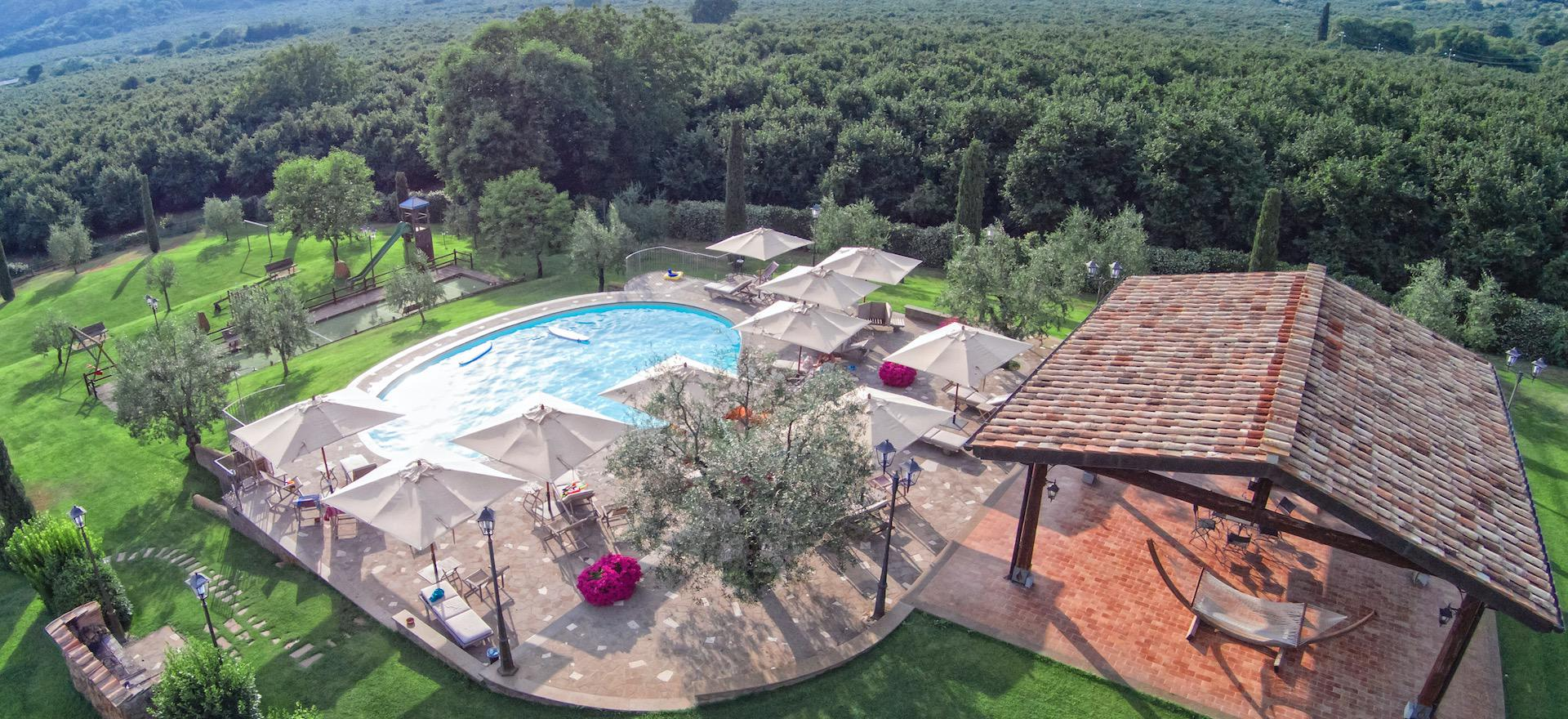 Agriturismo Umbria Agriturismo near lake and hour from Rome