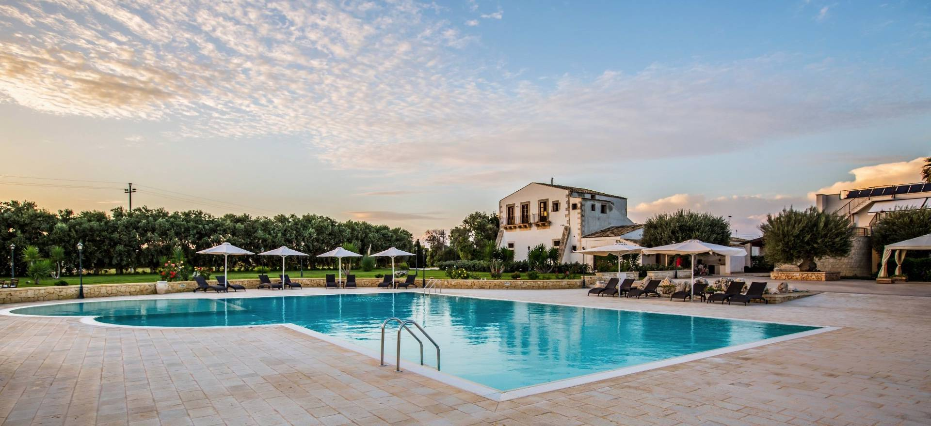 Agriturismo Sicily Agriturismo with large pool near beach