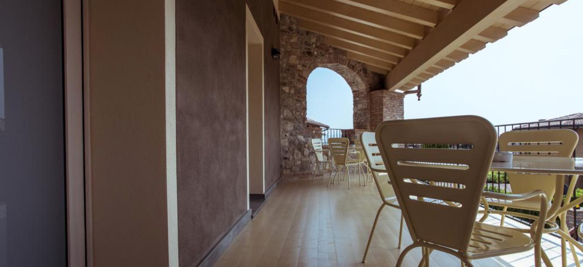 Agriturismo Lake Como and Lake Garda Apartments in characteristic village near Lake Garda
