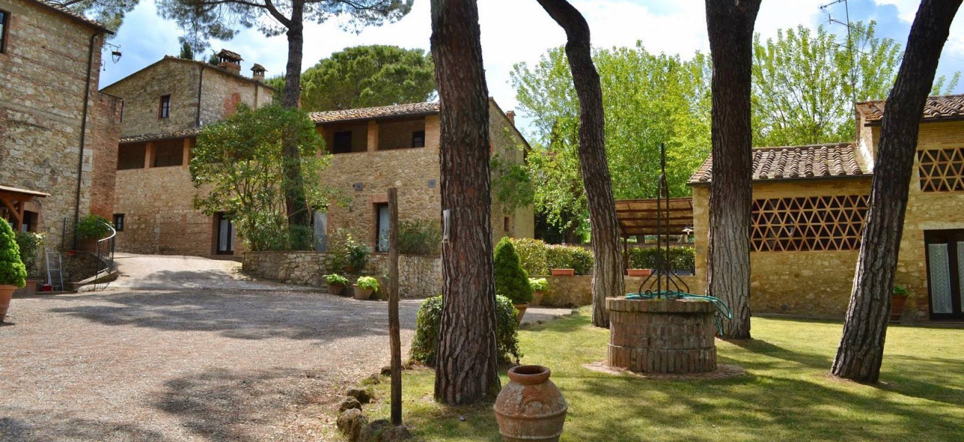 Agriturismo Tuscany Characteristic agriturismo centrally located in Tuscany