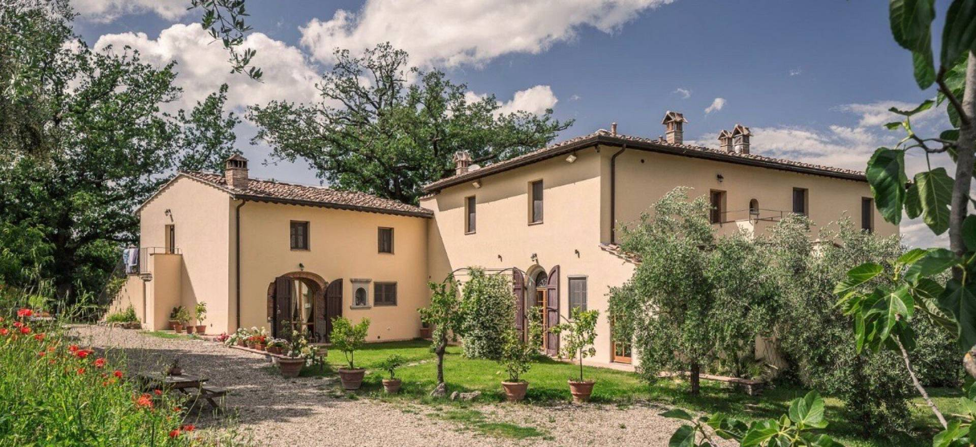 Agriturismo Tuscany Cozy agriturismo in the Chianti region near Florence