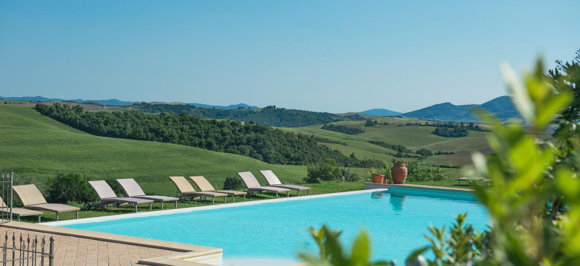 Agriturismo Tuscany Fun agriturismo in Tuscany with panoramic swimming pool