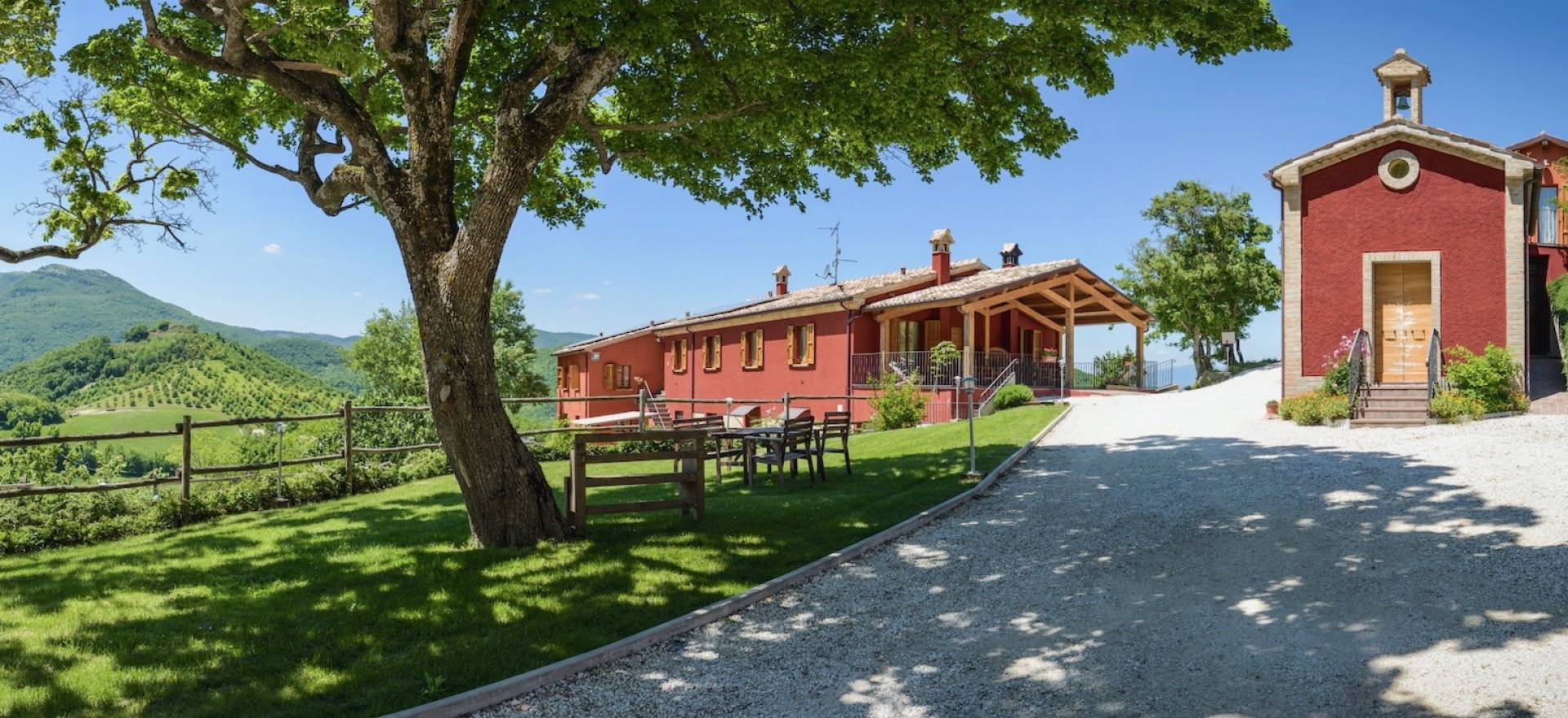 Agriturismo Marche Lovely agriturismo in Marche with welcoming hosts