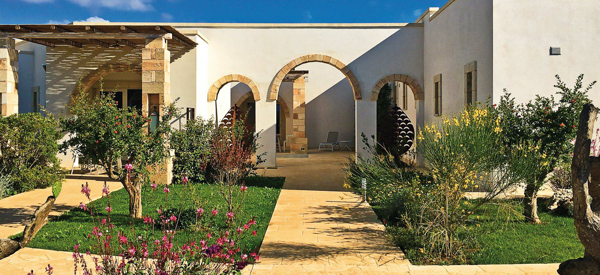 Agriturismo Puglia Luxury agriturismo in Puglia, near the sea