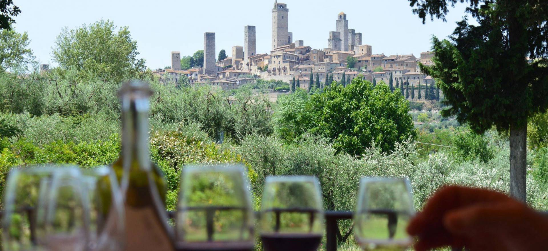 Agriturismo Tuscany Romantic agriturismo with views of San Gimignano