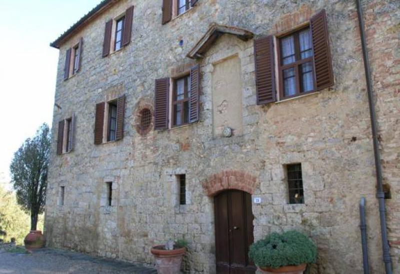 Agriturismo Toscane Authentieke wijn- en olijfboerderij nabij Siena in Toscane