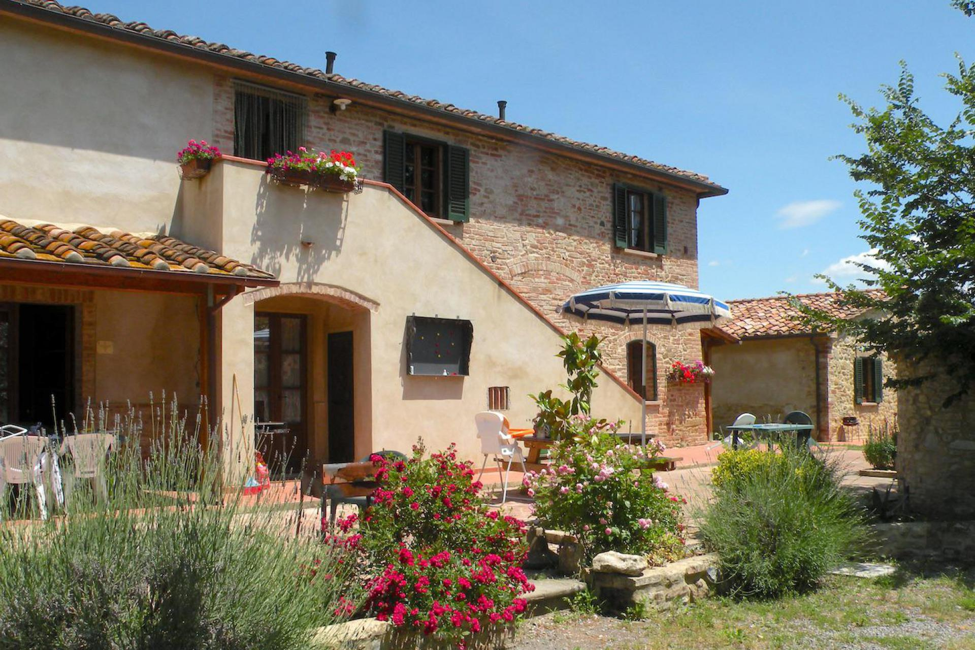 Agriturismo Toscane Klassieke agriturismo in Toscane met geweldig uitzicht