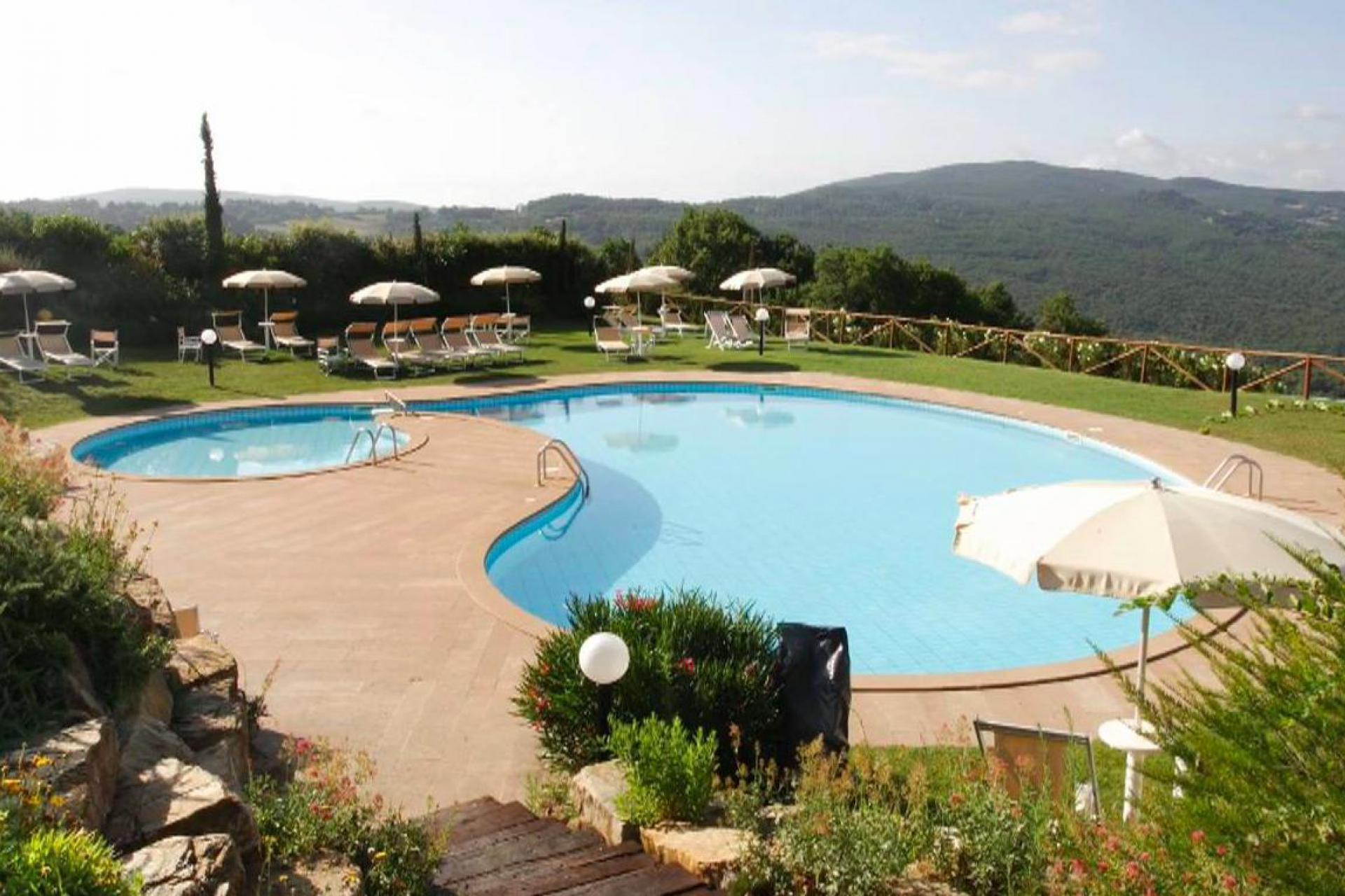 Agriturismo Toscane Grote agriturismo Toscane met zwembad | myitaly.nl