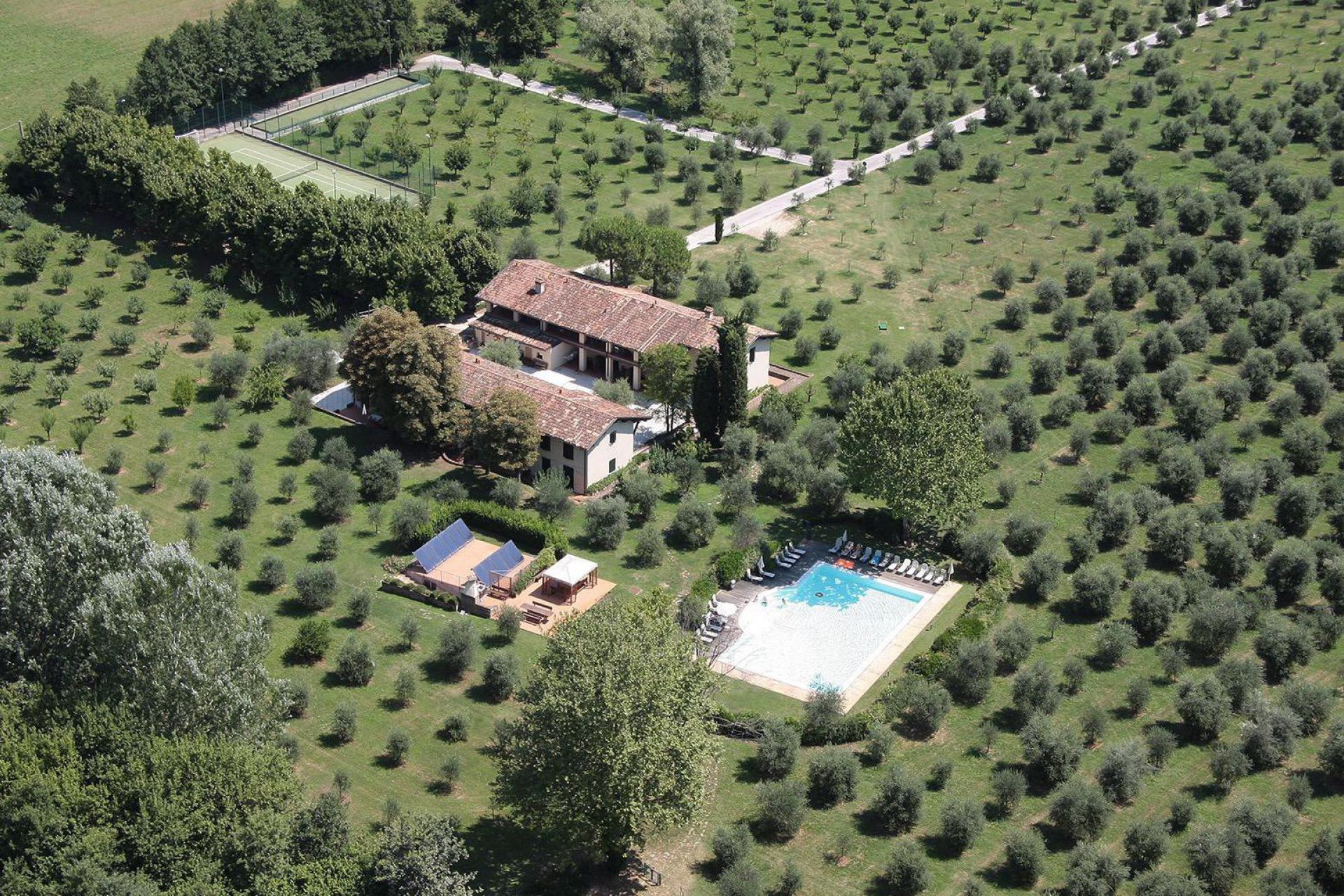 Agriturismo Comomeer en Gardameer Agriturismo Gardameer, kindvriendelijk en centrale ligging