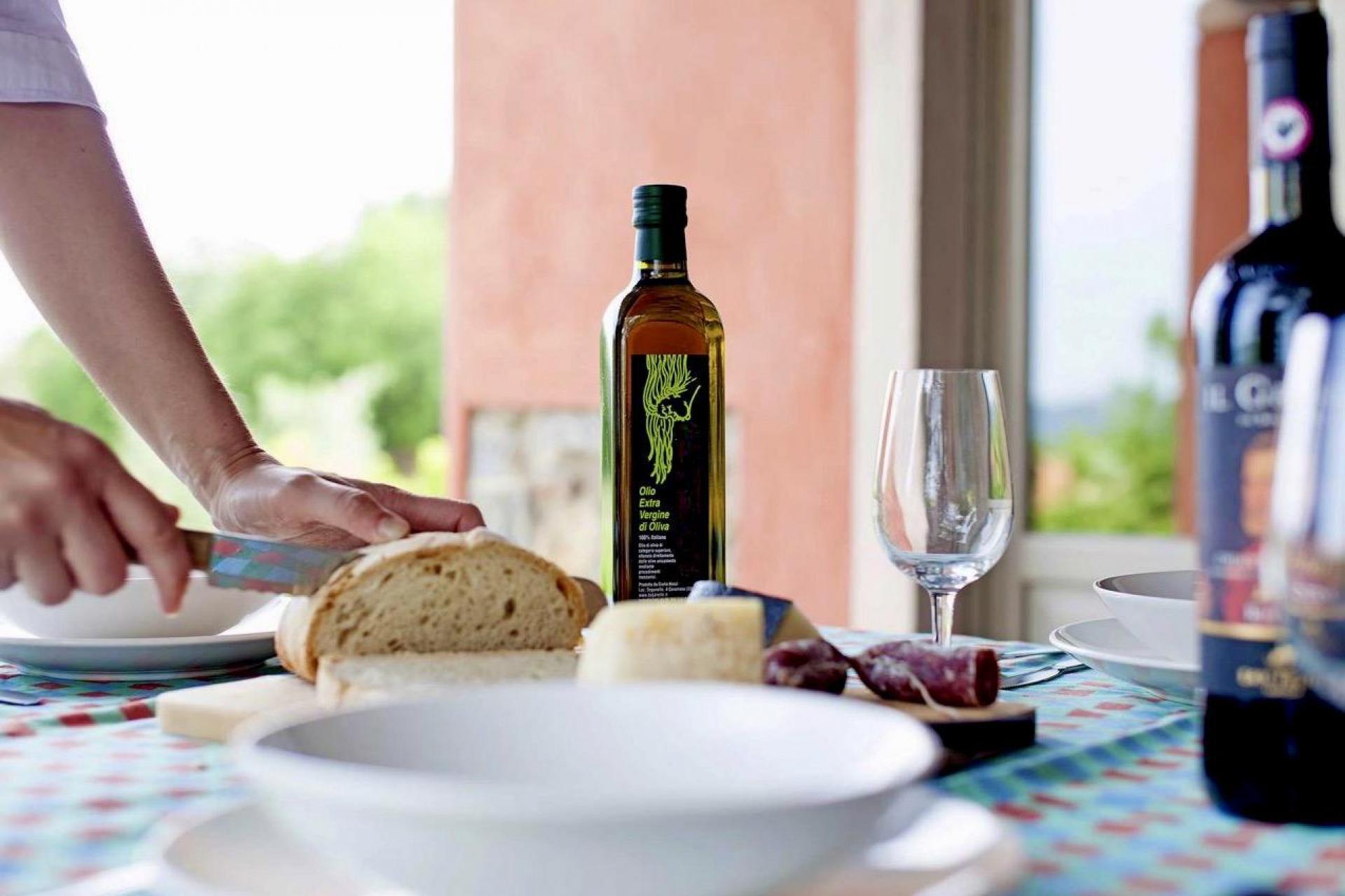 Agriturismo Toscane 9 appartementen bij olijfolieboerderij in Toscane   myitaly.nl