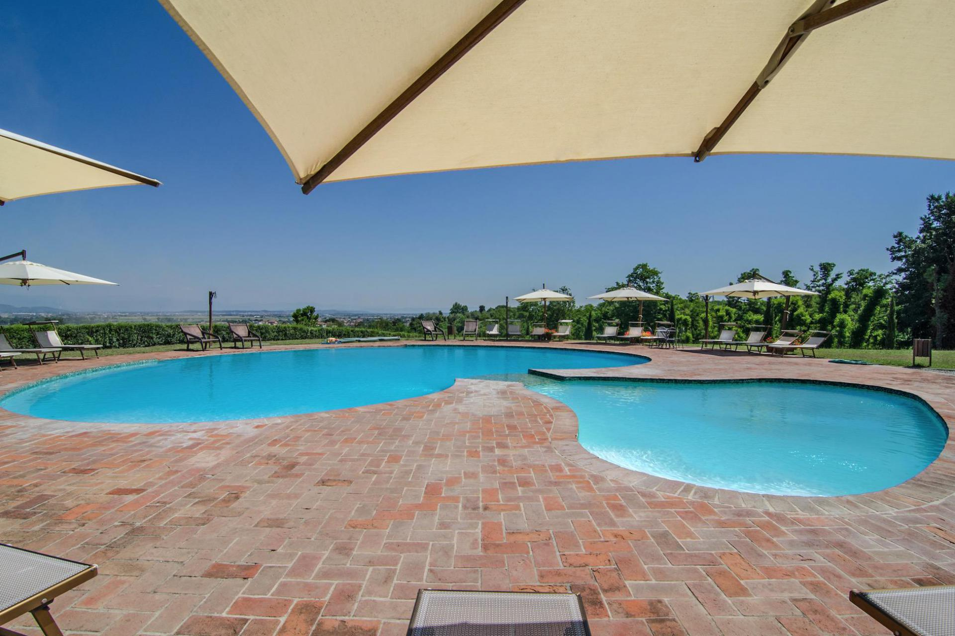 Agriturismo within walking distance of the sea