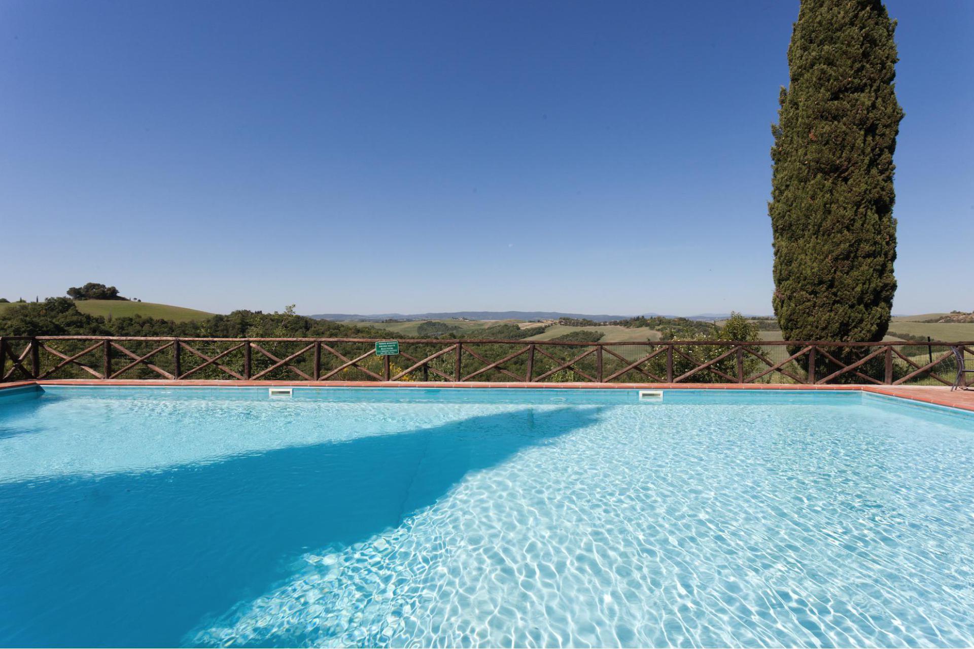 Agriturismo Toscane Appartementen bij Siena mét zwembad en groot speelveld | myitaly.nl