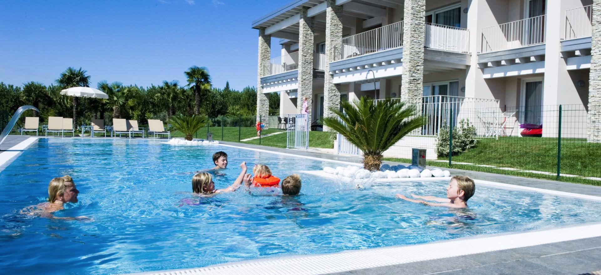 Kindvriendelijke residence op loopafstand van het Gardameer