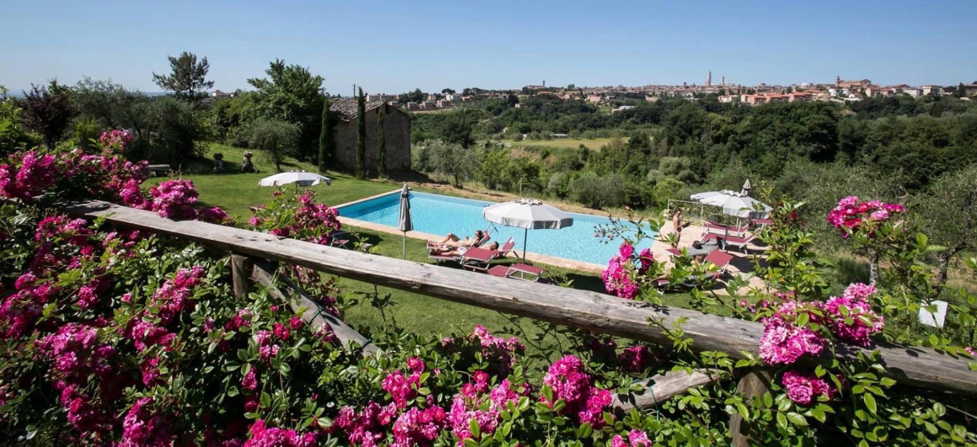 Agriturismo Toscane Elegante agriturismo met fantastisch uitzicht op Siena