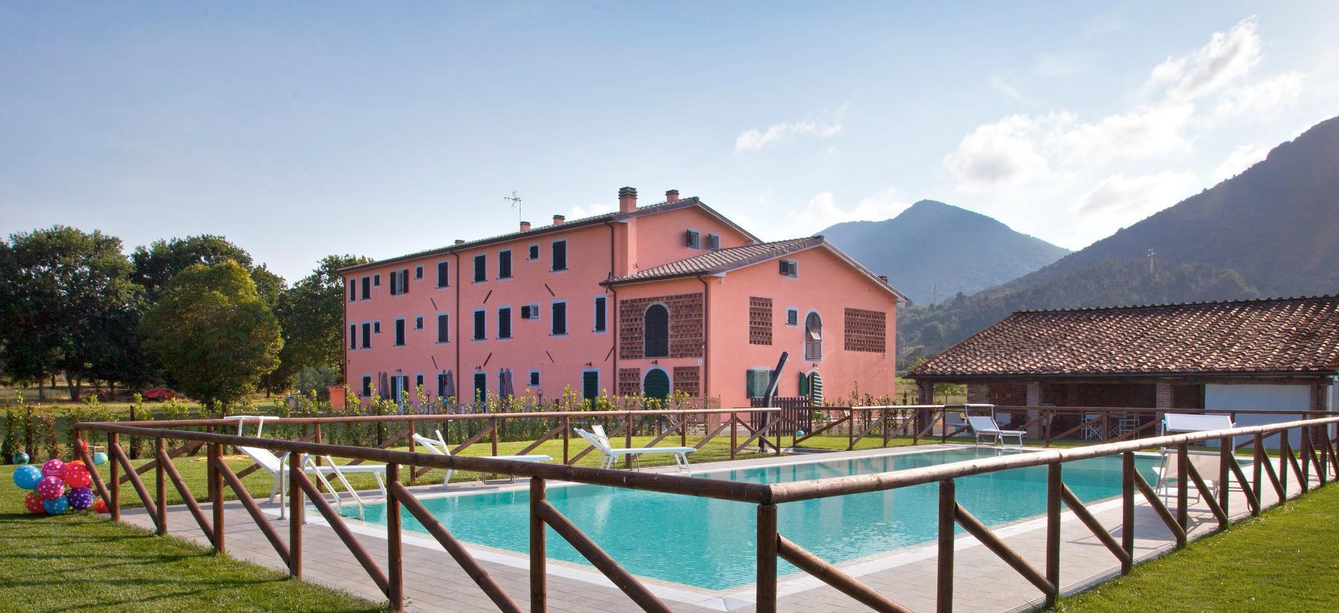 Agriturismo Toscane Kindvriendelijk en gezellige agriturismo bij Lucca