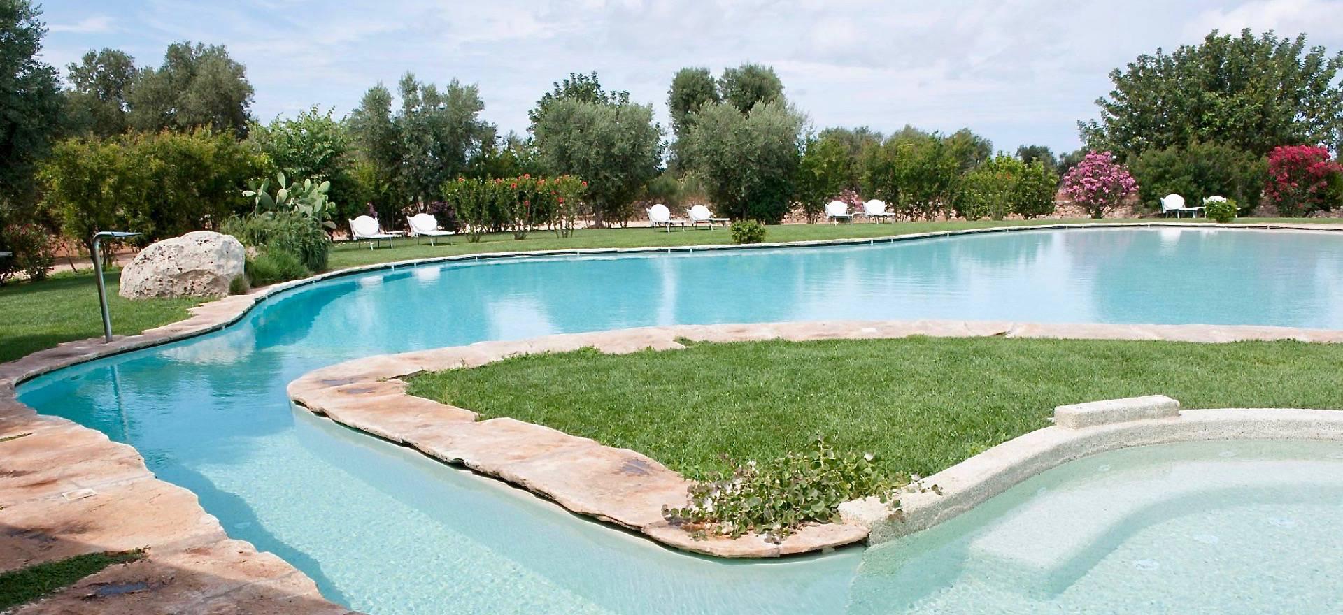 Agriturismo Puglia Luxe agriturismo met groot zwembad, vlakbij zee