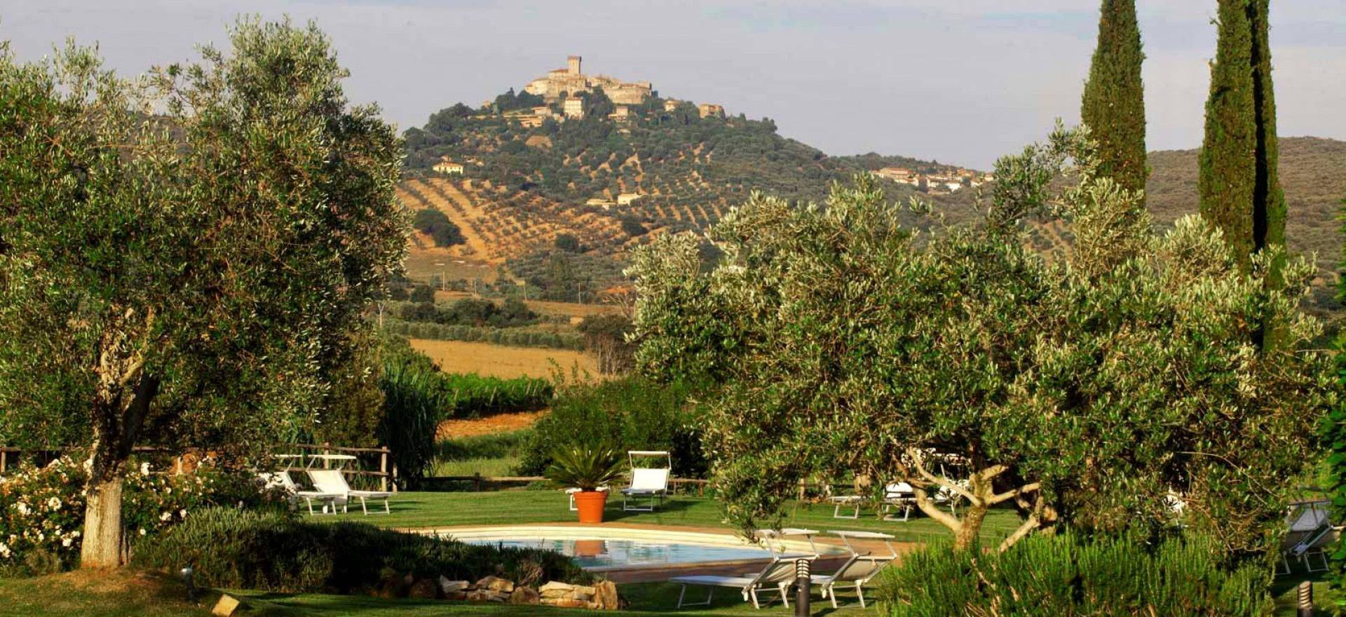 Agriturismo Toscane Romantische agriturismo Toscane in de heuvels bij zee
