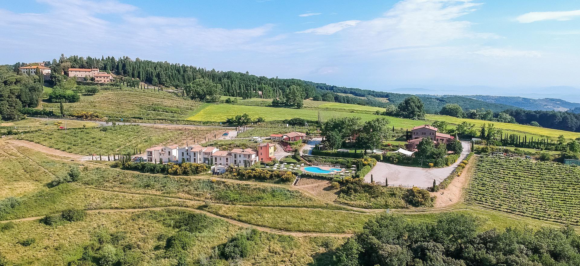 Grote agriturismo centraal in Toscane met prachtig uitzicht