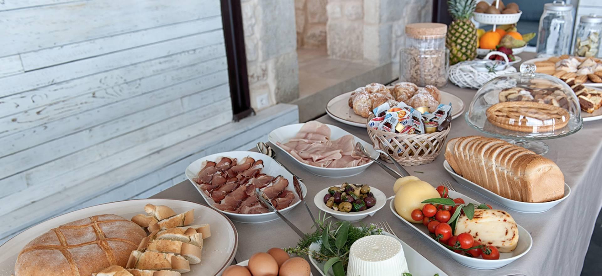Gerestaureerde agriturismo met goed Siciliaans restaurant