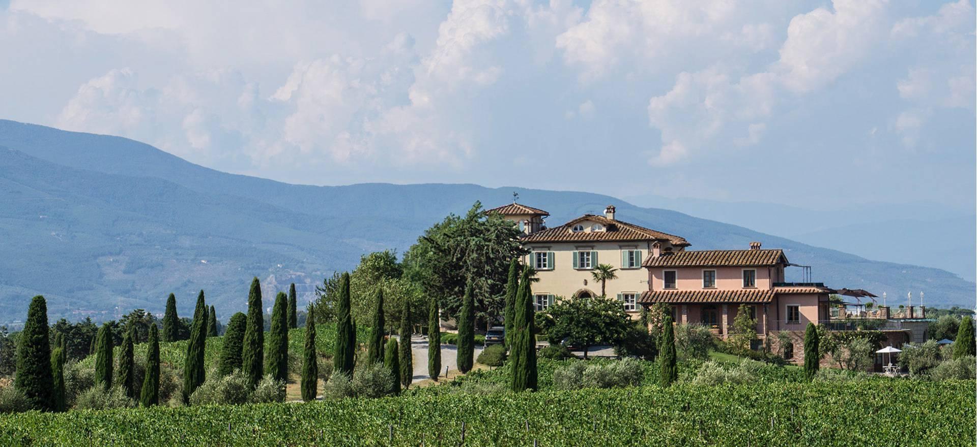 Wijnhuis en luxe agriturismo bij Pisa