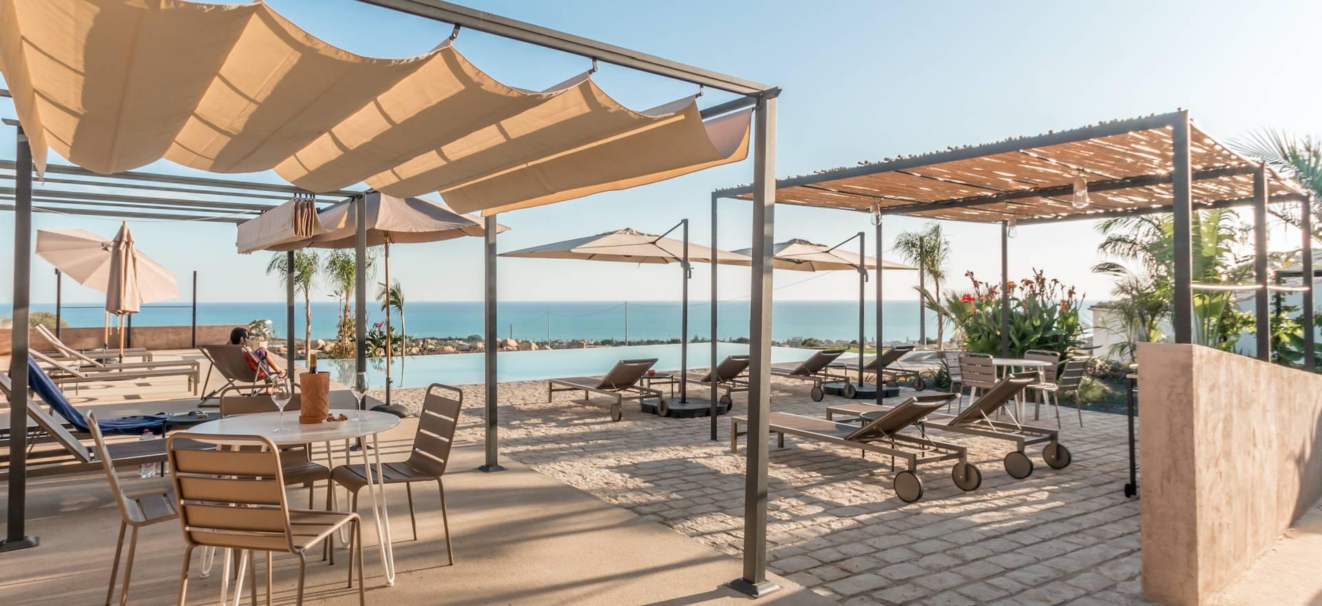 Siciliaanse gastvrijheid en uitzicht op zee!