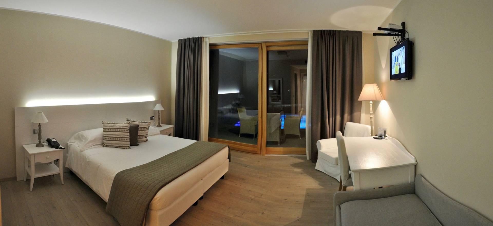Country hotel op prachtige lokatie aan het Comomeer