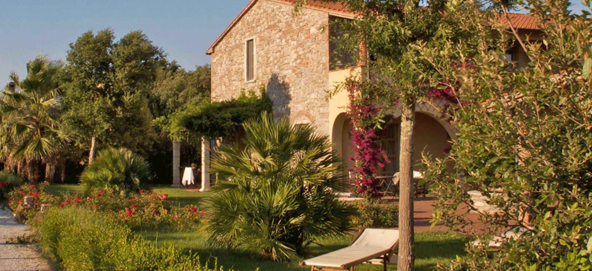 Agriturismo bij de Toscaanse kust met restaurant