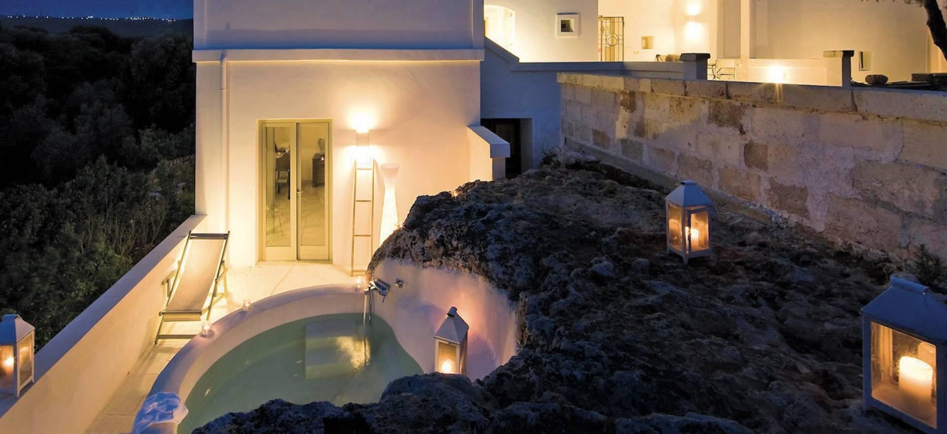 Rustige masseria in Puglia met stijlvol interieur
