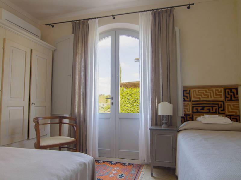Agriturismo Toscane Agriturismo bij Siena met zwembad en luxe appartementen