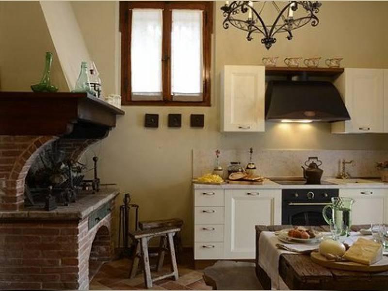 Agriturismo Toscane Agriturismo in statige villa tussen Florence en Lucca