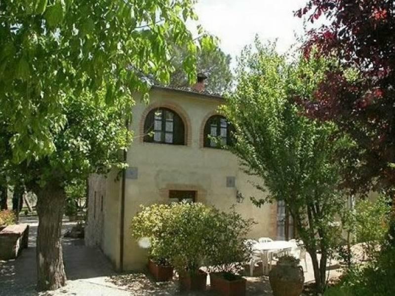 Agriturismo Toscane Karakteristieke agriturismo centraal gelegen in Toscane
